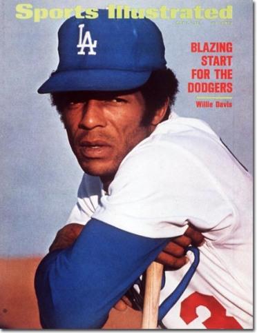 Willie Davis - Los Angeles Dodgers May 1,1972 X 16742 credit: Herb Scharfman - contract